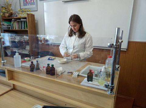 Цікавий урок хімії + Відео